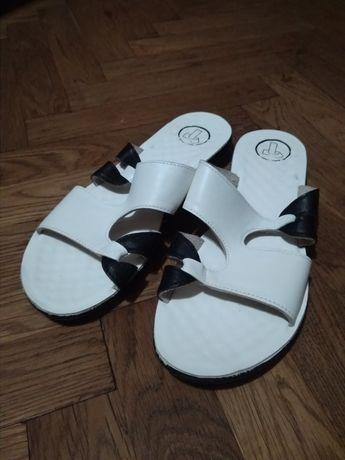 Жіноче взуття. Сандалі. Розмір 39. Женская обувь