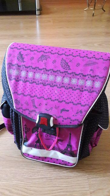 Продам рюкзак для дівчинки