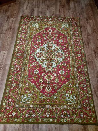 Продам ковёр натуральный 1.5*2.5 м