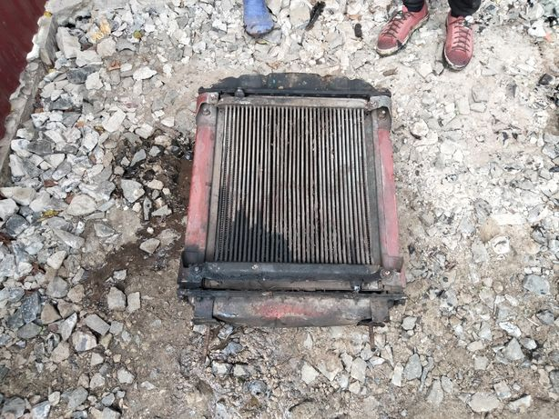Продам радиатор в зборі з масляним та трубками на трактор ЮМЗ