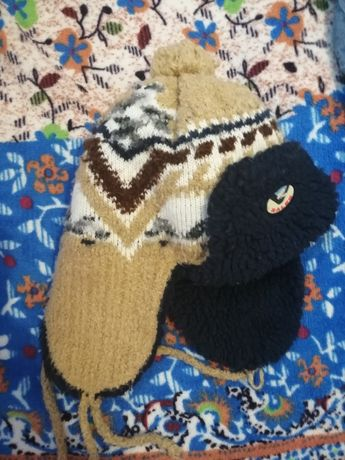 Зимня шапка теплаяя