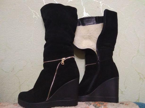 Взуття жіноче,натуральний замш, нові