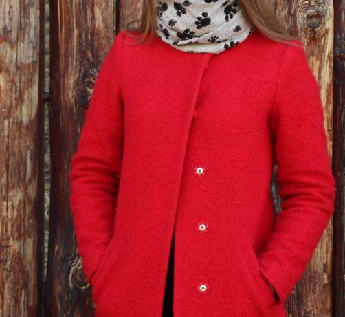 Пальто красное размер s