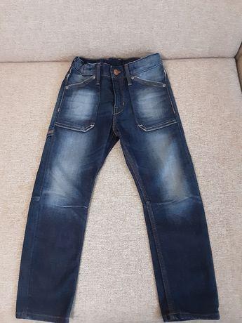 Новые джинсы на возраст 5 -6 лет