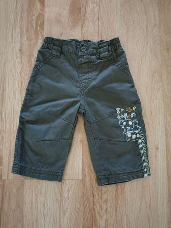 Spodnie chłopięce r. 68 idealne na jesień