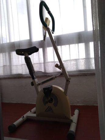 Bicicleta estática (marca Suntrack)