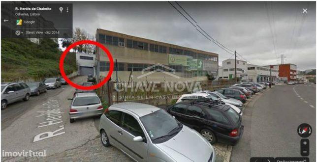 Armazém Situado na  Rua Heróis de  Chaimite, Odivelas