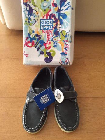 Sapatos de vela Gioseppo
