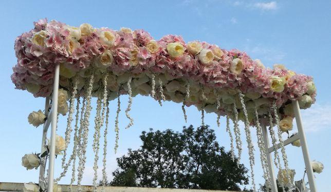 Brama ślubna - kwiaty sztuczne