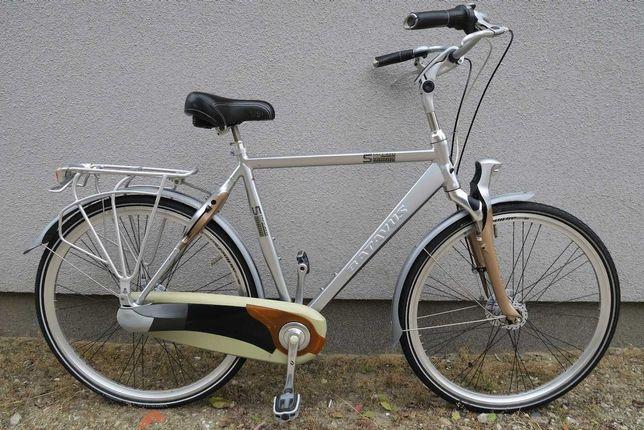 Markowy rower holenderski Batavus Staccato Nexus 8