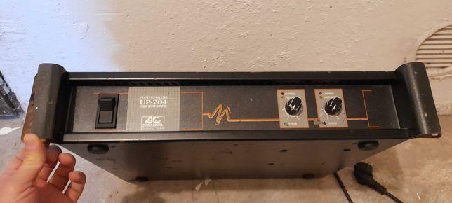 Wcmacniacz estradowy AC UP204