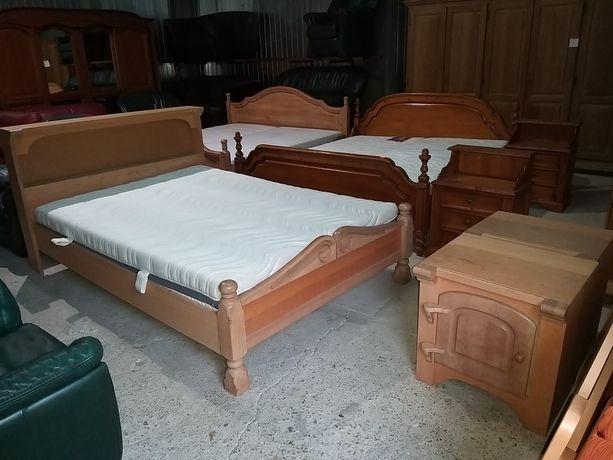 Łóżko 140 x 200 cm + 2 szafki nocne półka gruby bardzo ładny materac