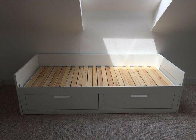 Rezerwacja. Łóżko rozkładane białe - leżanka Ikea Brimnes