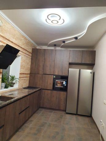 Продам 2хэтажный дом с ремонтом на Пекарне!