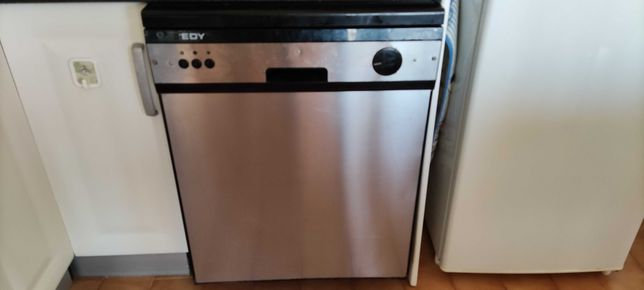 Máquina de lavar louça automática EDY.