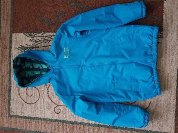 Демисезонная фирменная двустороняя куртка 158см