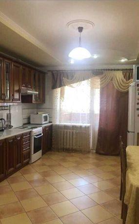 Сдается 2х комнатная квартира , Позняки, ул. Ахматовой, 35а