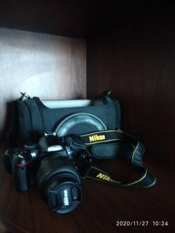 Фотоаппарат зеркалка Nikon D 3000