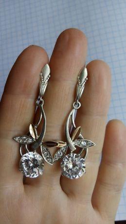 Серебряные серьги сережки серебро 925 с золотой напайкой