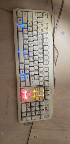 Клавіатура з підсвіткою