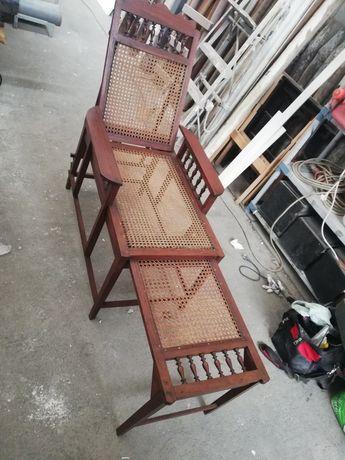 Cadeiras antigas de palha