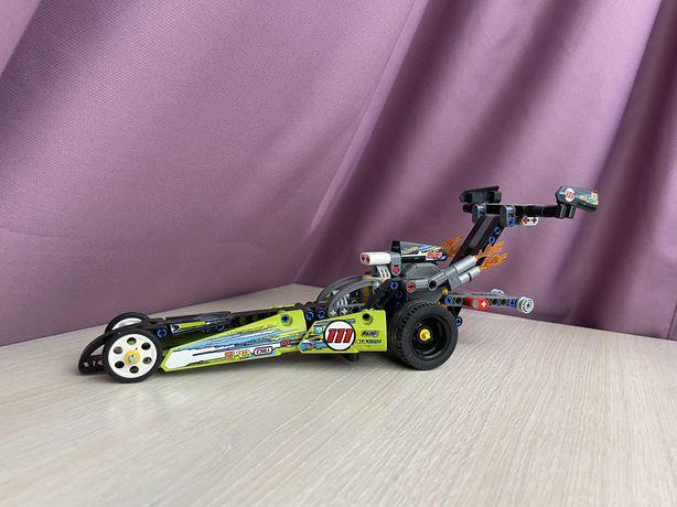 Набор LEGO Technic Драгстер 42103