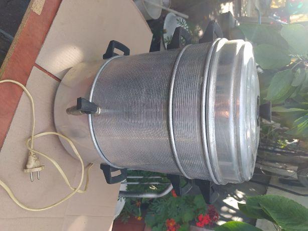 соковыпариватель электрический 800 гривен