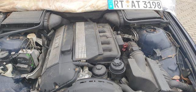 Silnik Bmw 2.8 m52b28tu e39