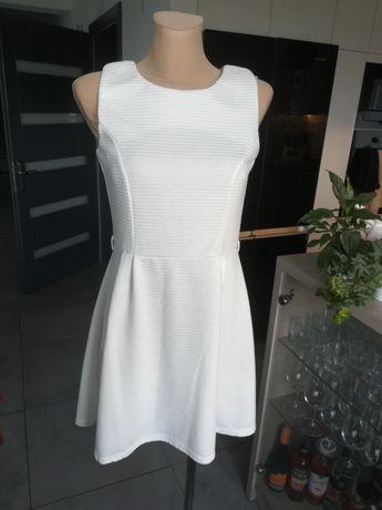 R. 38 biała sukienka Atmosphere w prążki