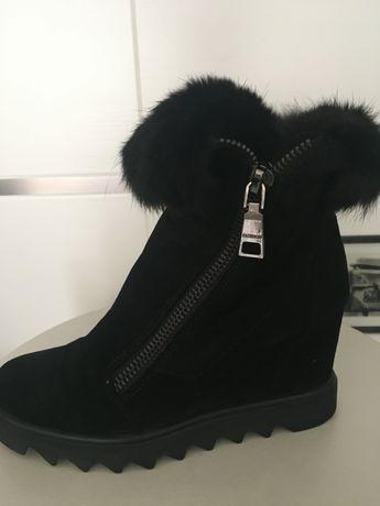 Ботинки  чёрные, зимние, замш