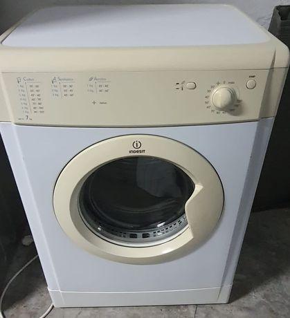 Máquina de secar roupa indesit 7kg