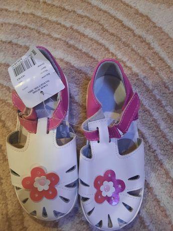 Туфли, босоножки для девочки
