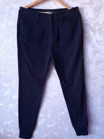 Женские брюки (Zara)
