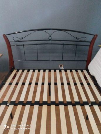 Łóżko małżeńskie 160x200