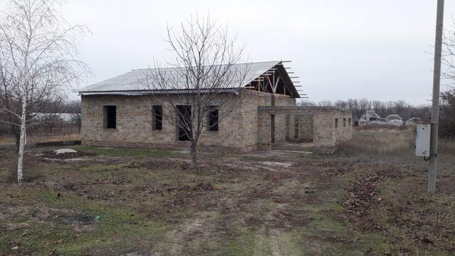 Продам дом в стадии строительства