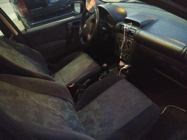 Opel Corsa 99 bom estado documentos ok