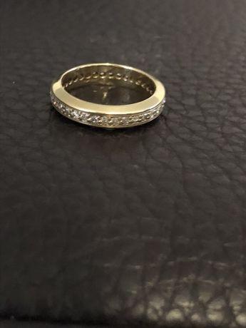 Złota obrączka 36 diamentów