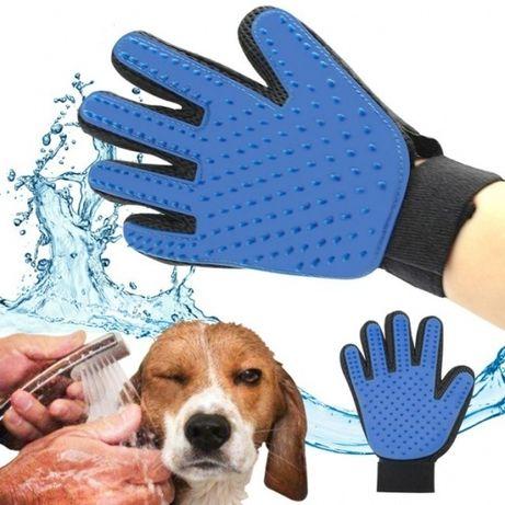 Перчатка для вычесывание шерсти животных