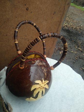 Сумочка из кокоса