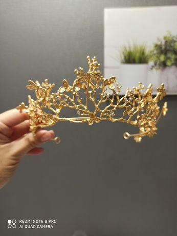 Диадема ( тиара, корона)
