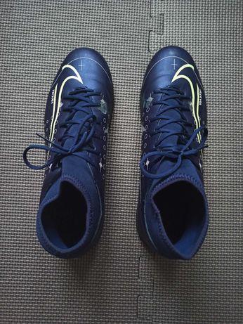 sprzedam buty Nike Mercurial Superfly 7 Club MDS 44,5- halówki