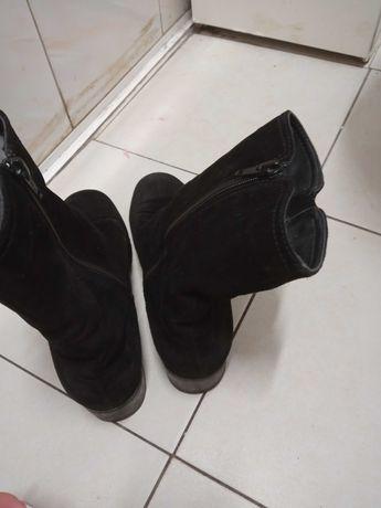 Czarne botki zamszowe czarne