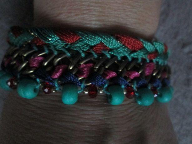 Varias pulseiras