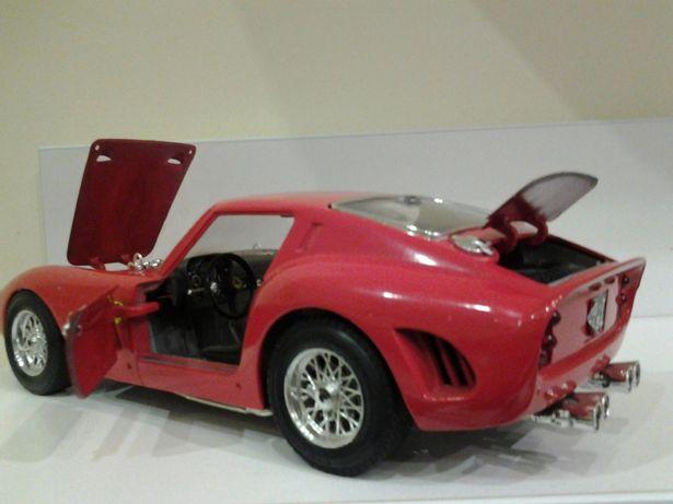 Ferrari gto 62 r burago 1:18