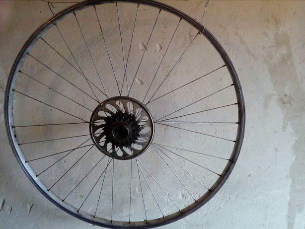 Продам велосипедный диск на 28