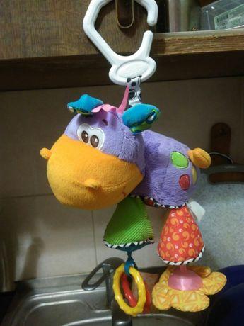 Продам игрушку подвеску Playgro.