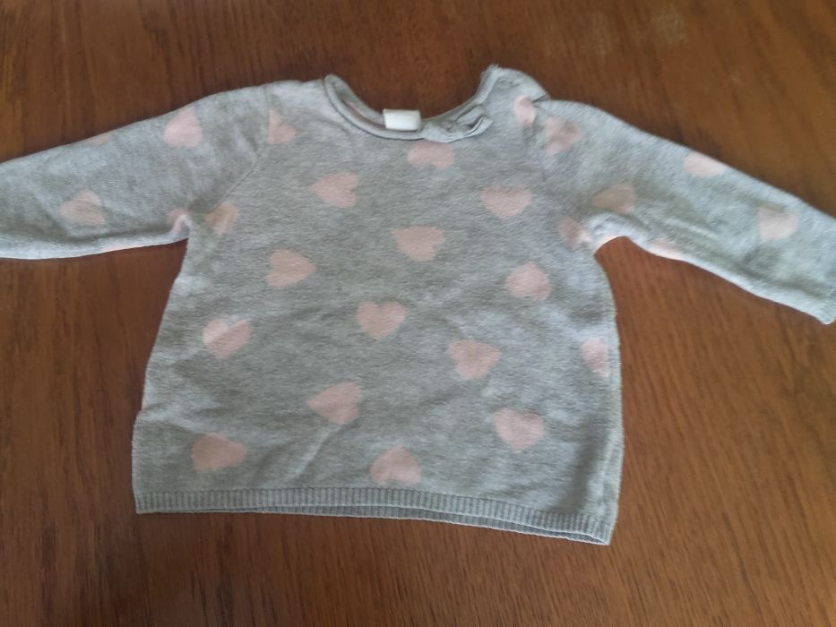 Sweterek H &M rozm. 68 Ogorzeliny - image 1