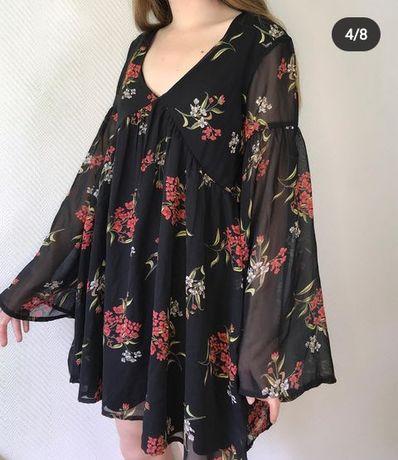 Платье открытого фасона