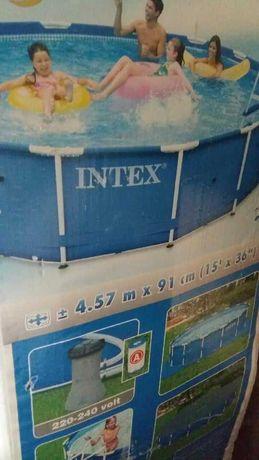 Basen stelażowy INTEX okrągły śr. 4,57 m
