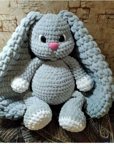 Плюшевый заяц игрушка вязаная подарок 30см.